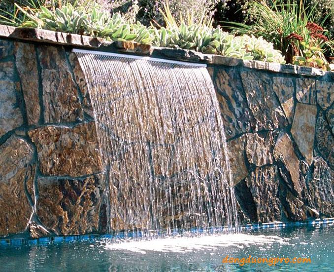 Thiết kế thác nước hồ bơi
